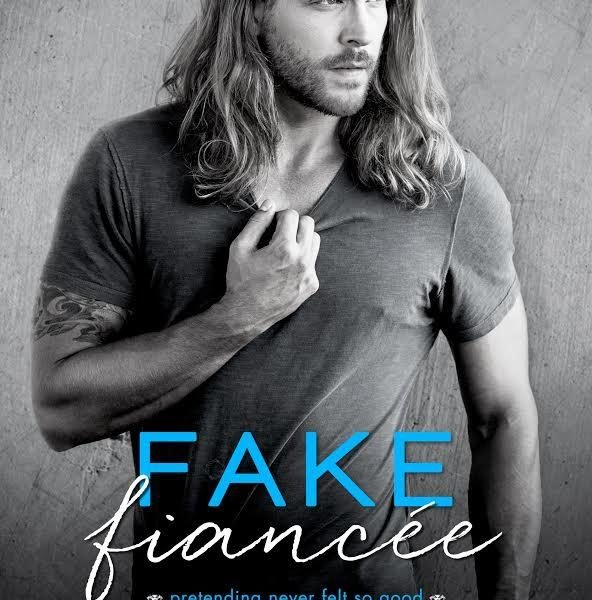 Life, Books, & Loves: Fake Fiancée by Ilsa Madden-Mills