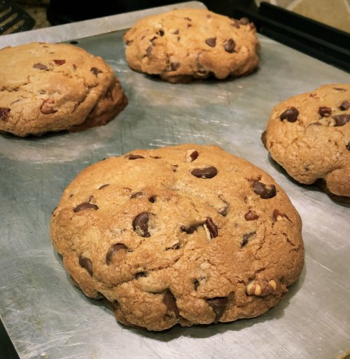 Levain Bakery-Like Recipe Makes Cookies as Big as Your Face